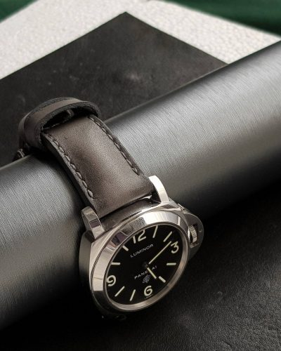 Deep Grey vintage leather from Gunny Straps shown on Panerai strap paneristi handmade leather watchband pam000 fiddy pam372 classic sporty model.