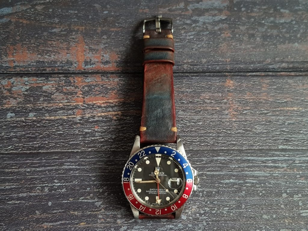 Gurney 2nd serie - Gurney 2 blue red minimalist strap shown on rolex pepsi gmt master vintage style by gunny straps official handmade leather strap