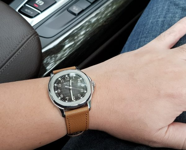 special and perfect waterproof handmade leather strap called aquanuts serie created by gunny straps official online store tested on beer with patek philippe nautilus 5167 aquanaut 5167a-001