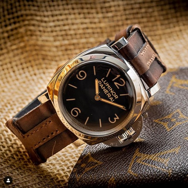 special and perfect panerai leather strap created by gunny straps called king cross 2 shown on pam372 luxury watch with vintage brown style