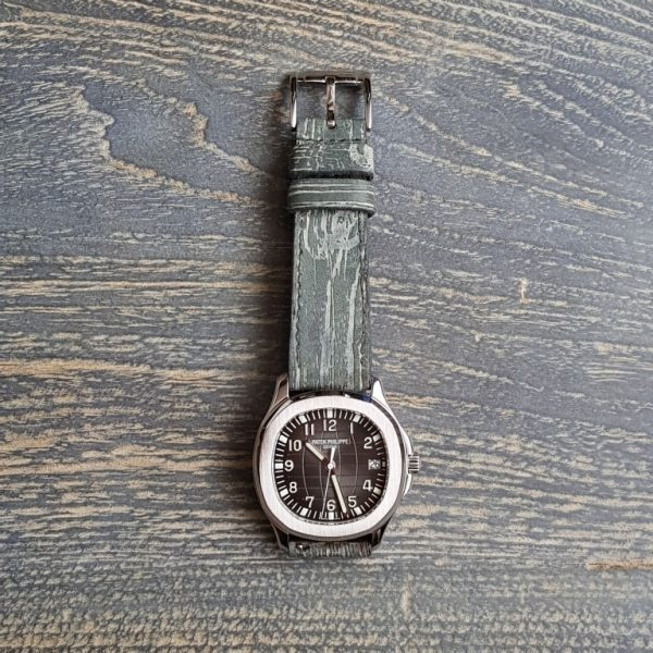 wood 2 unique 3D strap on patek philippe aquanaut
